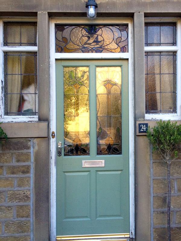 Composite Door Upgrade With Encapsulated Fanlight Window - Gardinia ...